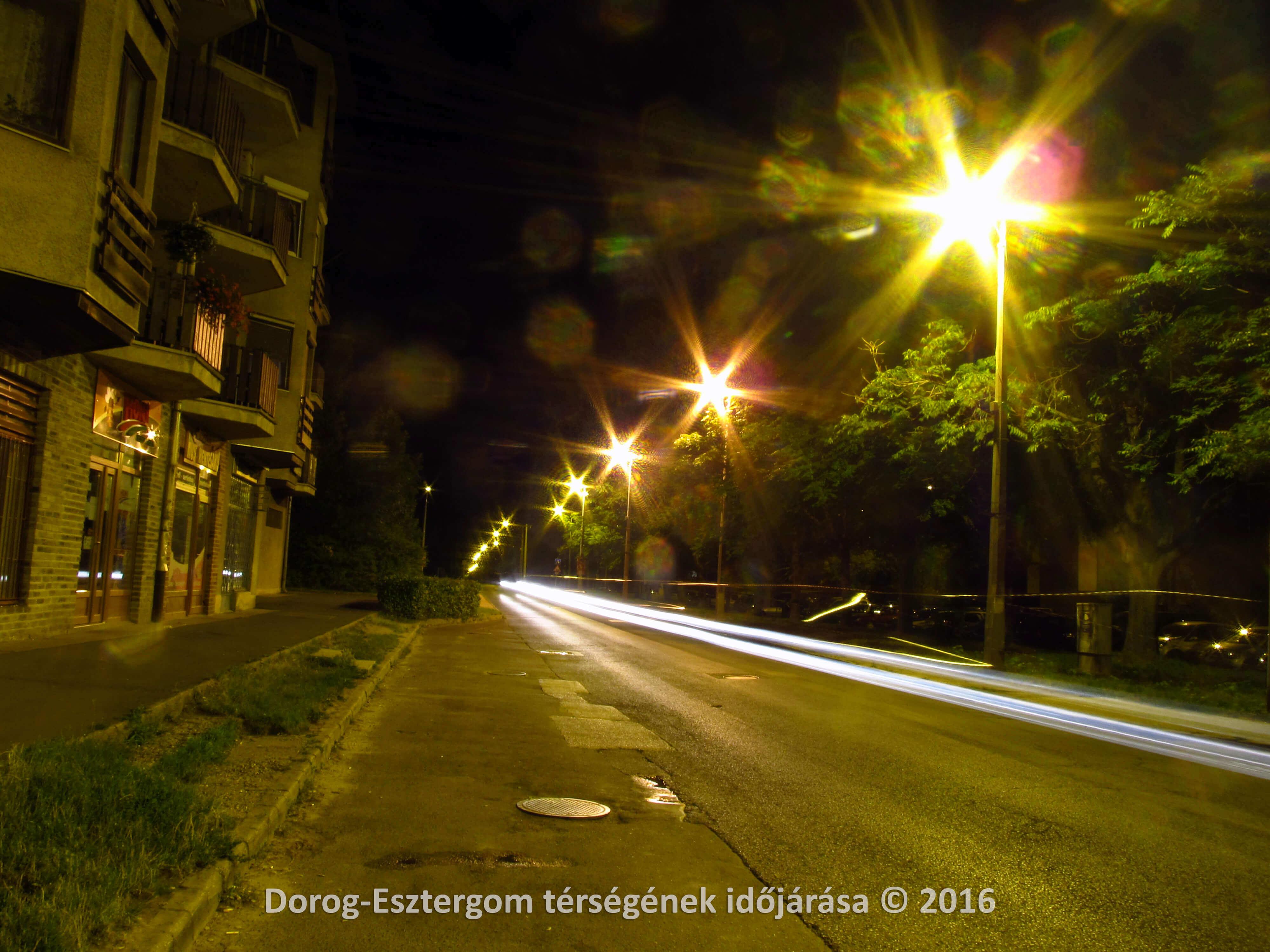 Éjszakai utcakép Dorogról 2016.07.21-én éjszaka
