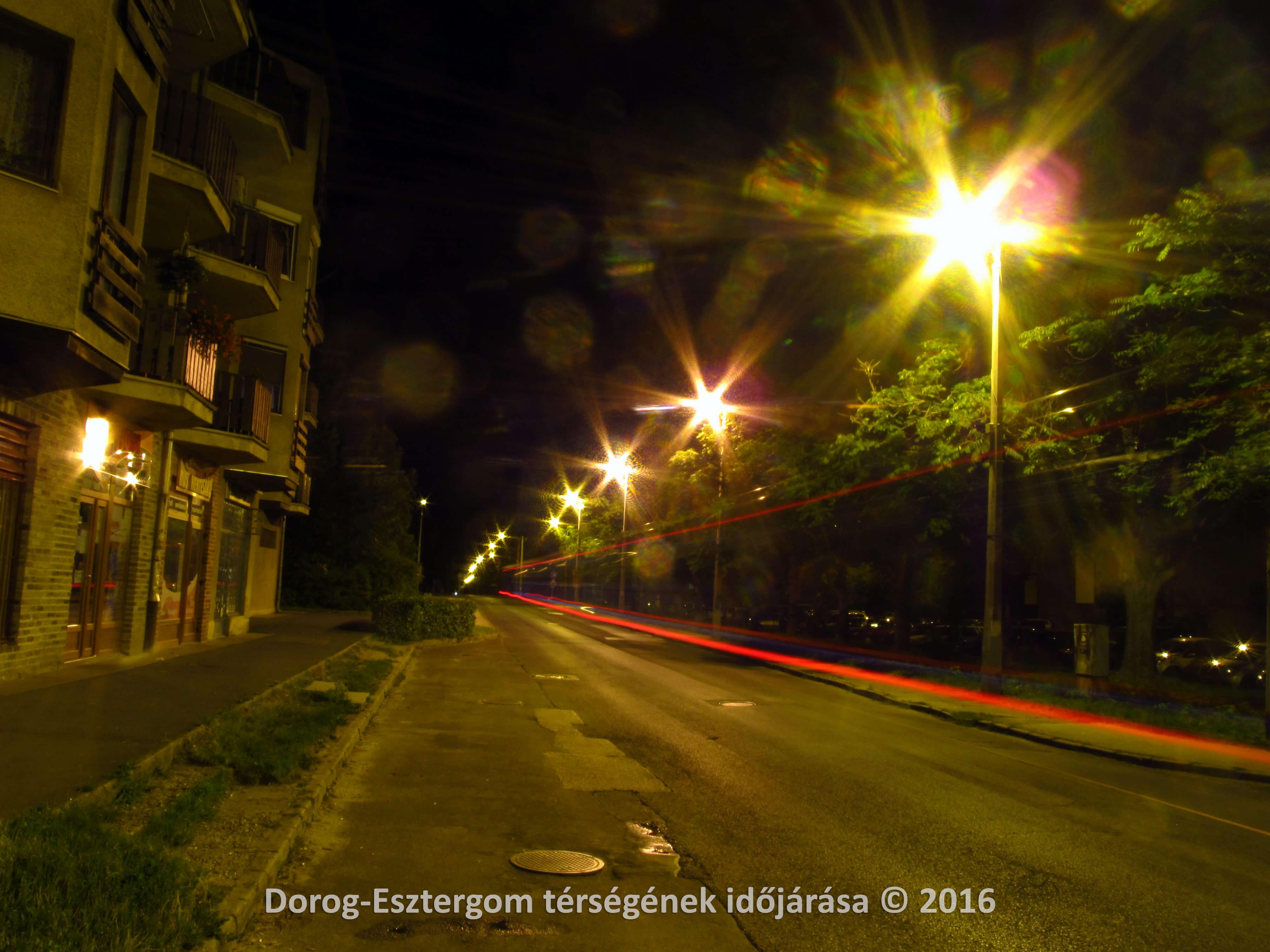 Utcakép Dorogról 2016.07.21-én éjszaka