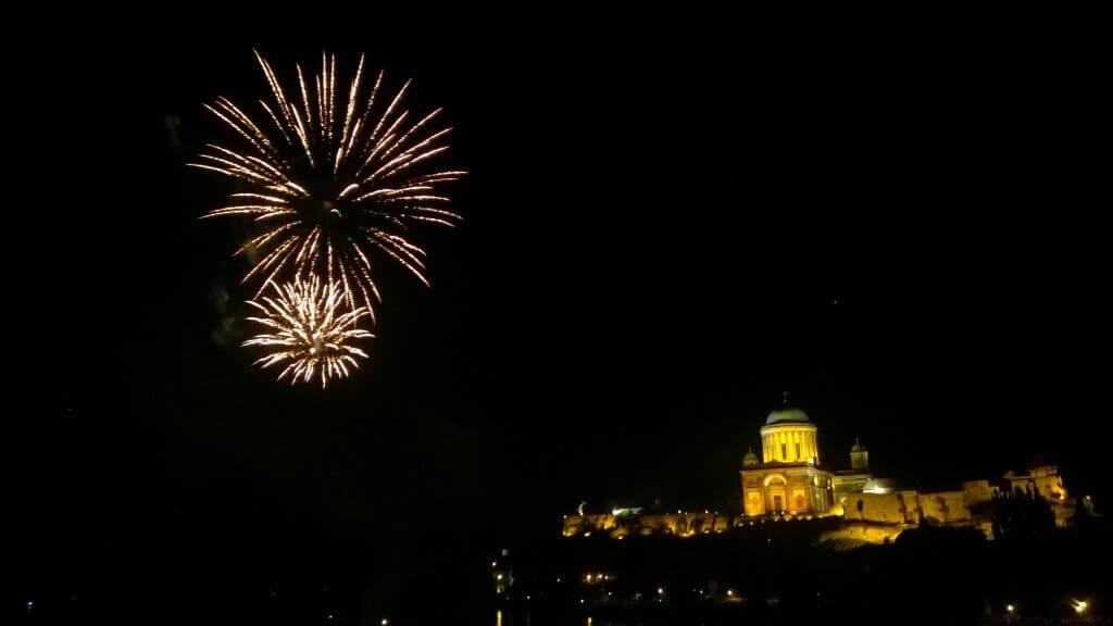 Tűzijáték Esztergomban 2016. augusztus 19-én