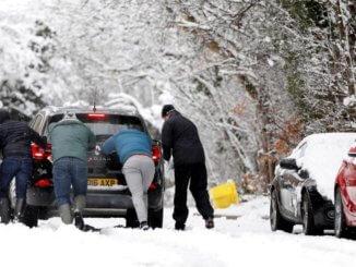 Fennakadásokat okoz a havazás Nyugat-Európában